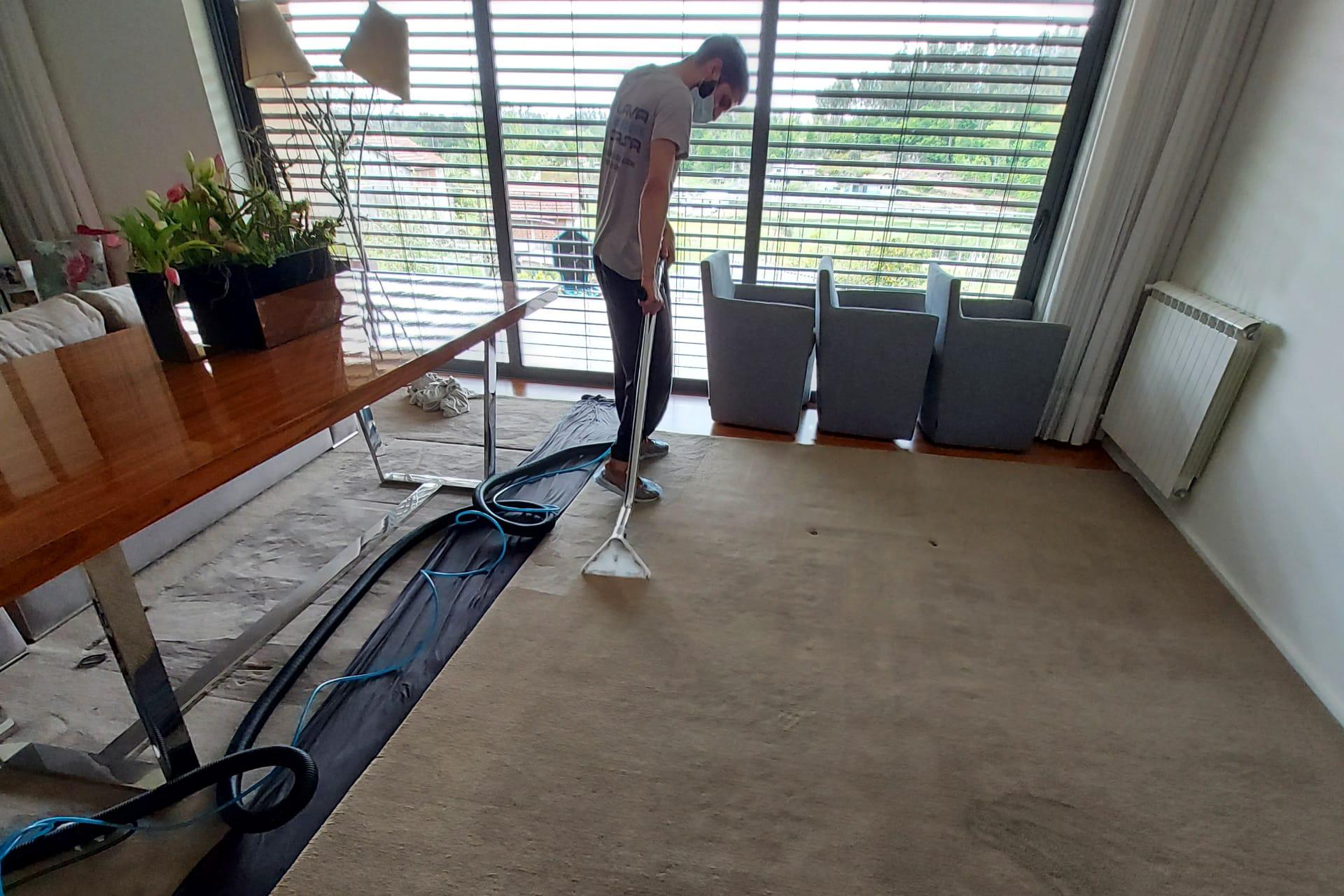Limpeza de Carpetes Paredes